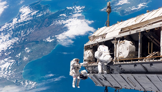 Illustration de l'article Métiers de l'espace : un renouveau pour de nombreuses professions ?